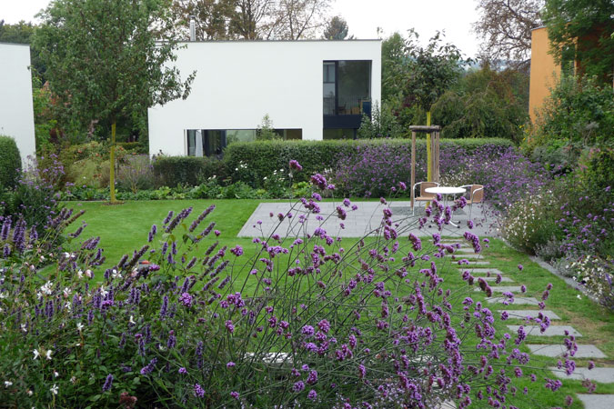 trebert landschaftsarchitektur projekte frei und grundfl chen. Black Bedroom Furniture Sets. Home Design Ideas